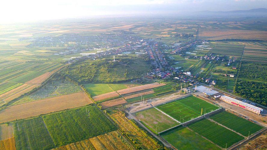 Краєвид на село Дерцен 2020 р.